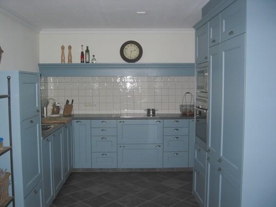 Blauwe Landelijke Keuken : landelijke keuken – referentiekeuken – keukenstudio Regio Oost Rijssen