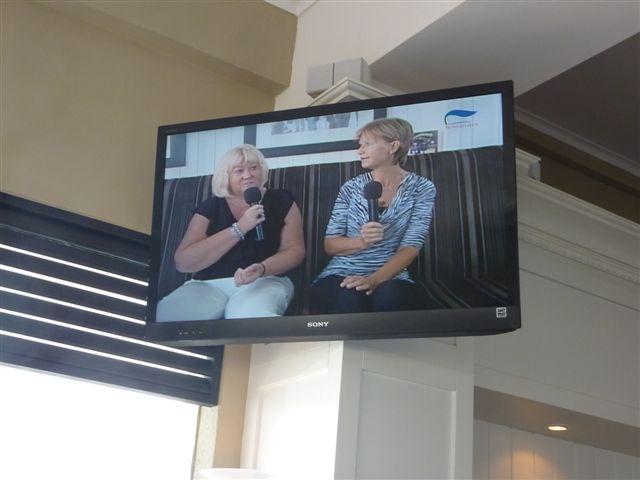 op de nationale Arubaanse Televisie